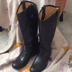 Frye boots size 6, black.  So sophisticated!!